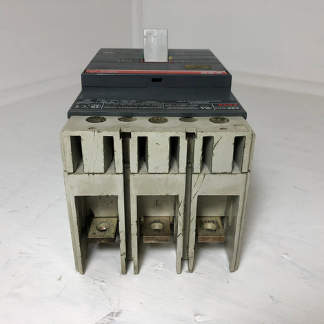ABB SACE S4 Type S4H Circuit Breaker w/ 250 Amp Trip & Shunt 3 Pole Isomax  flaw (EM3556-1)