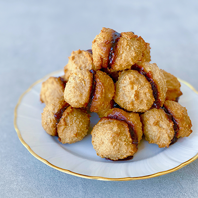 Jam-Filled Almond Macarons - Right 4 All Types