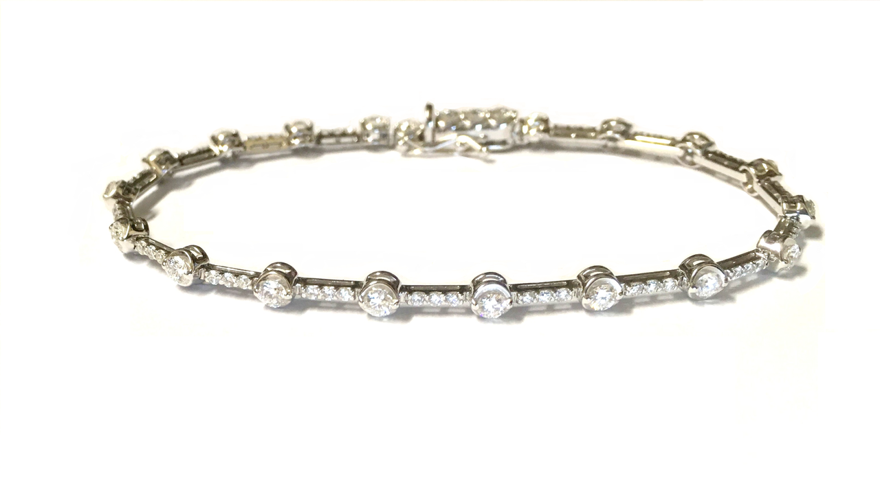 6237b337c 18ct White Gold Diamond Set Bracelet - Gatwards Of Hitchin