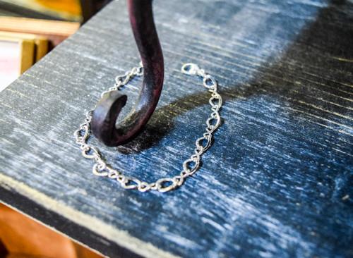 "Charm Bracelet ""Figure 8"""