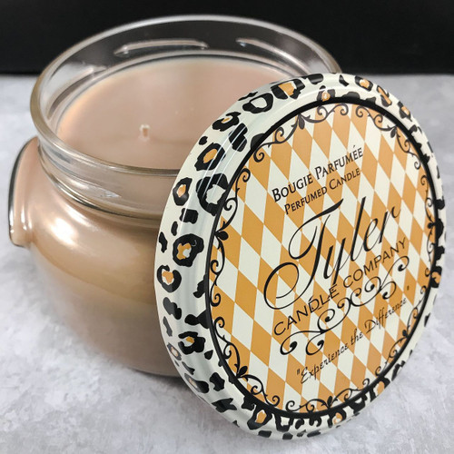 """""""Warm Sugar Cookie"""" Tyler Candle"""