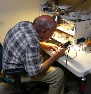 silver-jewelry-worker.jpg