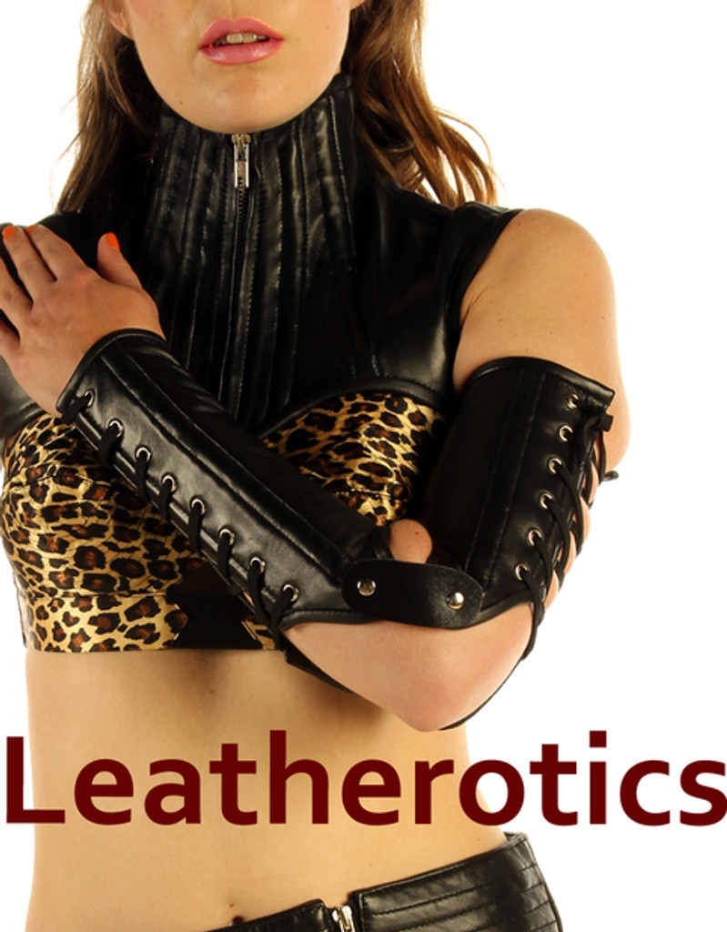 Sleeve gloves in real black leather