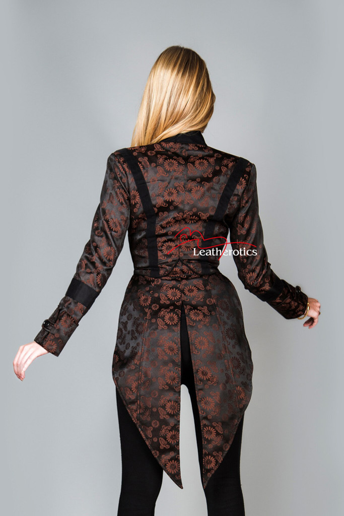 Ladies steampunk vintage tailcoat (from the back)