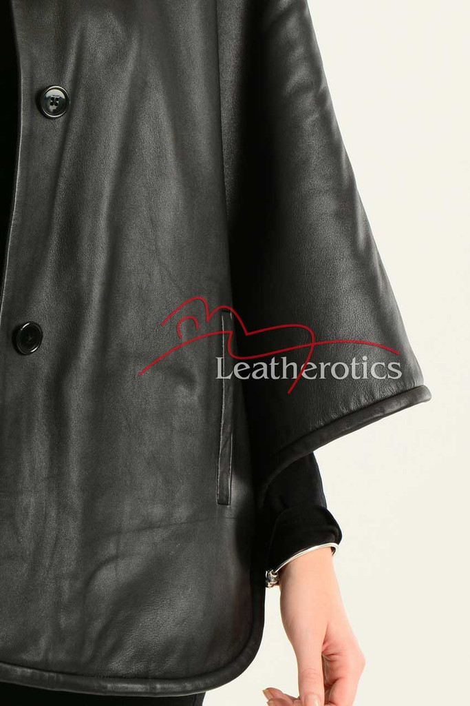 Ladies Fine Leather Cape With Fur Lining details