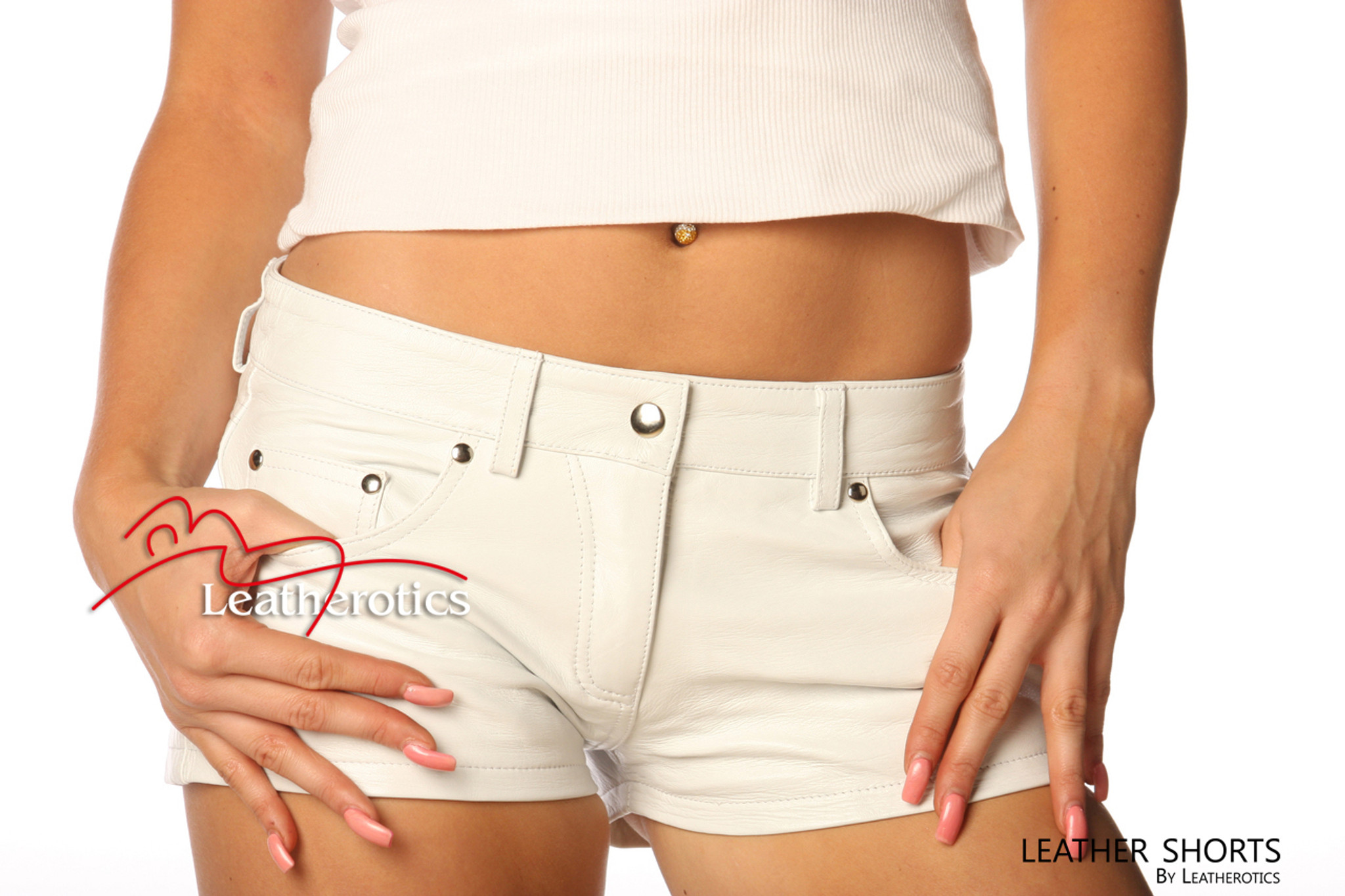 good quality vivid and great in style unique design Ladies Leather Sexy Tight White Jeans Style Shorts 1272W