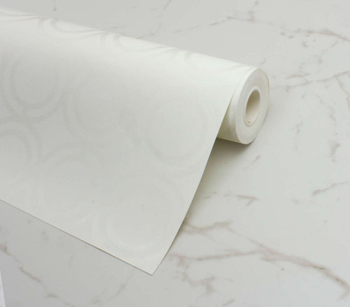 A white Palladian loop pattern on a white gloss background form this beautiful wallpaper.