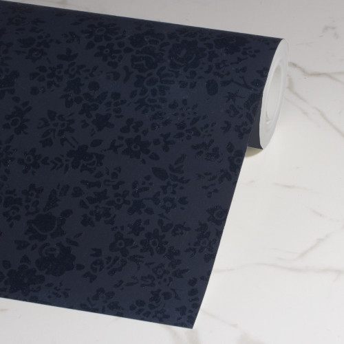 Floral wallpaper with gloss detail in midnight blue.