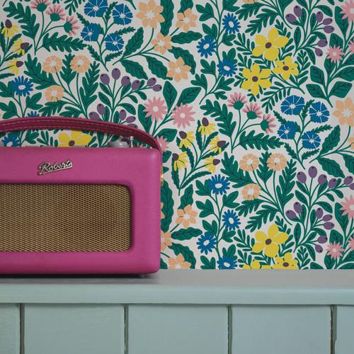 Floral wallpaper in a vibrant color palette,