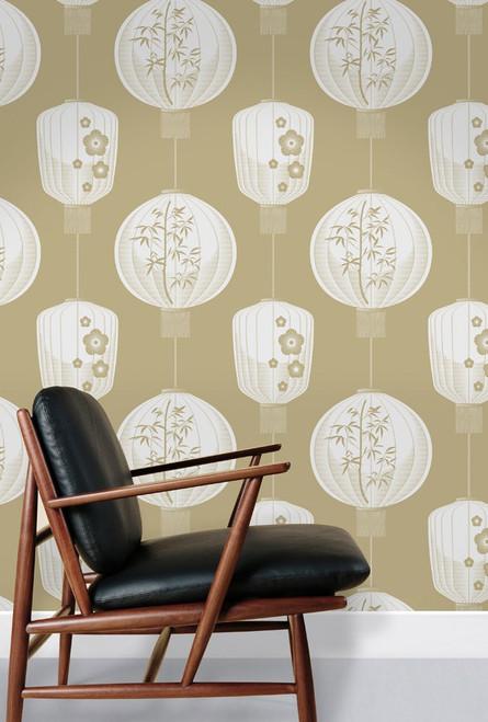 Lantern wallpaper in beige.