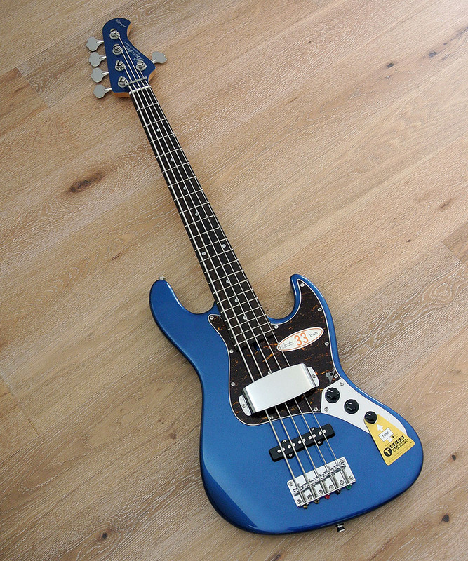"Bacchus Global Series - WL-533 - 33"" Scale 5 String Bass in Deep Lake Placid Blue"