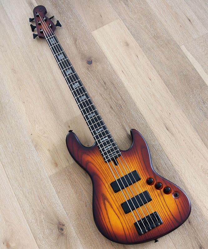Maruszczyk Instruments - Elwood L 5p - In 3 Tone Sunburst