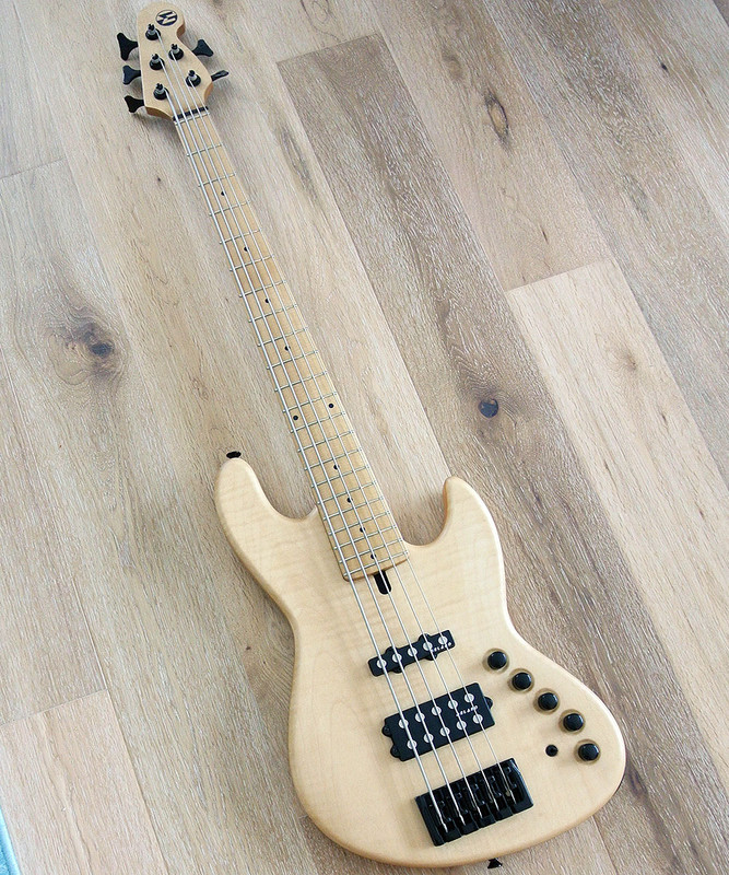 Maruszczyk Instruments - Elwood L 5a+ - 5 String Active Bass - Flame Maple Top