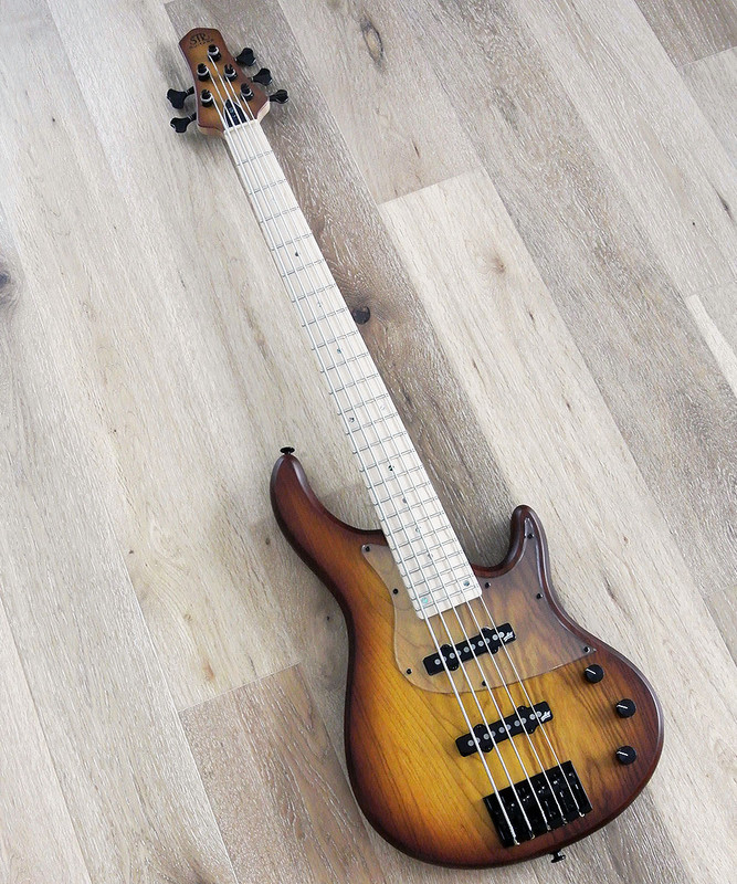 STR Sierra LS50 - 5 String Bass Guitar With Aguilar Pickups