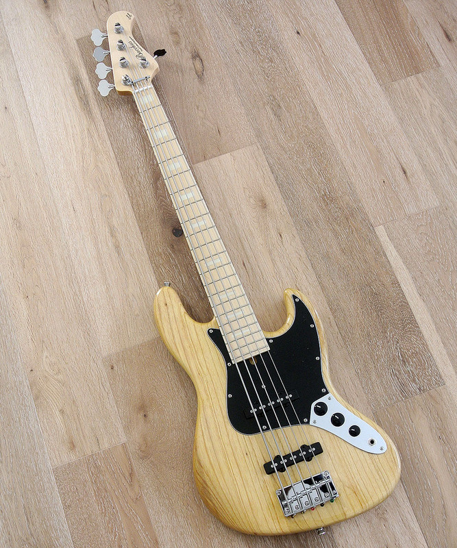Bacchus Global Series - BJB 5-70's - 5 String Bass in Natural Finish