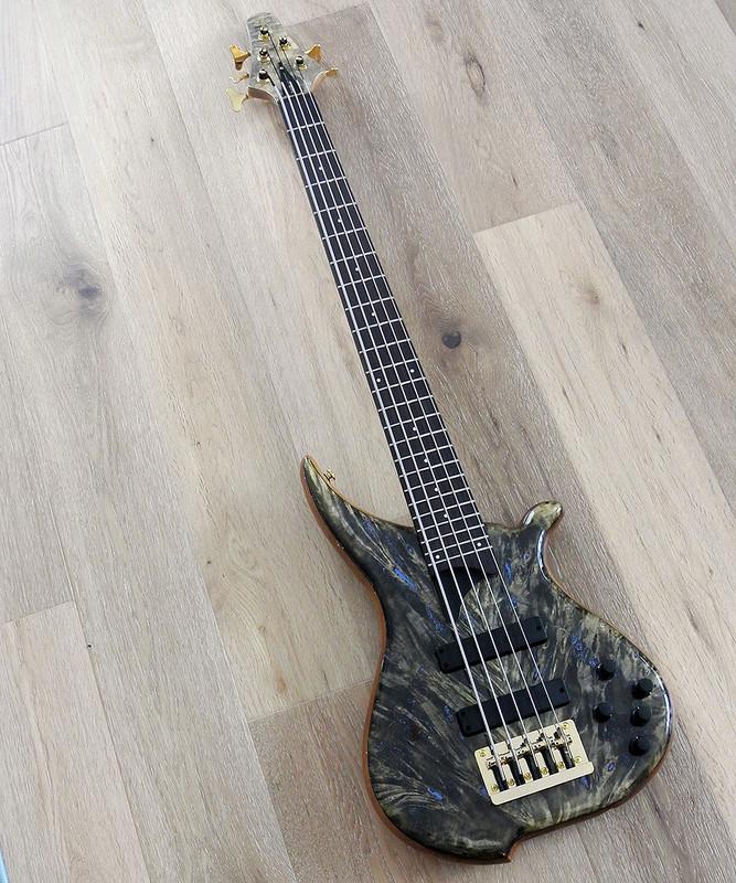 TUNE Hatsun TWB53 BB - 5 String  Bass - Buckeye Burl Top -  Special NAMM model