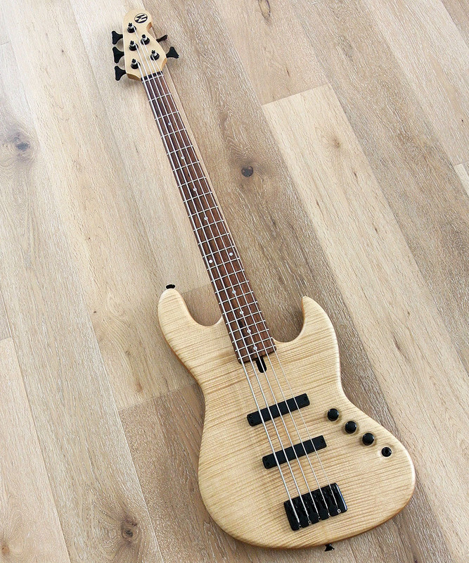 Maruszczyk Instruments - Elwood L 5p - 5 String Bass - Flame Maple Top Natural