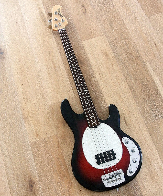Ernie Ball Music Man Stingray  4 string Electric Bass Guitar in Metallic Redburst -  In Excellent Condition