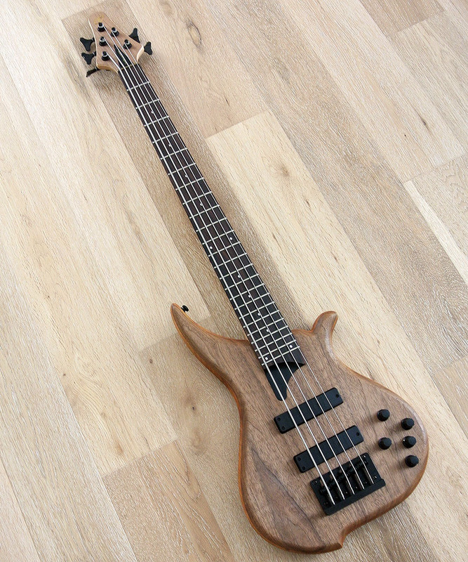 TUNE Hatsun TWB53 WN - 5 String Bass - Walnut Top - Black Hardware
