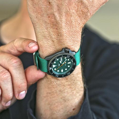 Ballistic Nylon Military 1 Piece Watch Strap - Green (Matte Buckle)