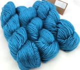 Fyberspates Scrumptious Double Knitting/Worsted Yarn in Teal