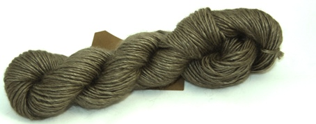 Fyberspates Scrumptious Chunky Yarn in Biscuit