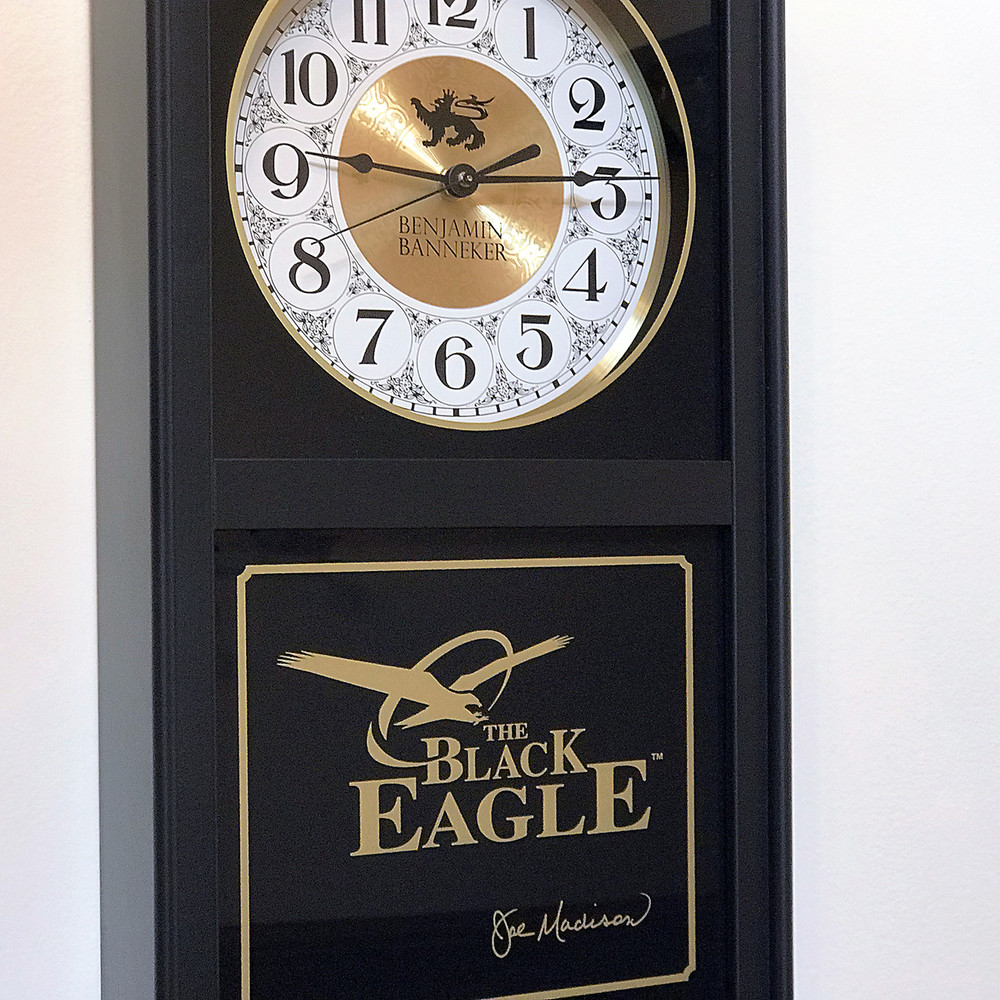 Black Eagle Clock (BLACK)