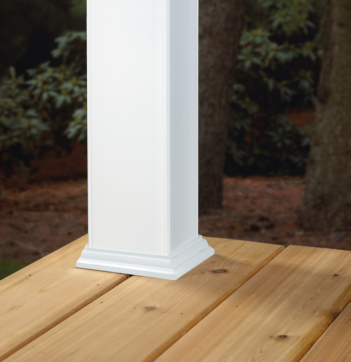 Base Post Skirt / White