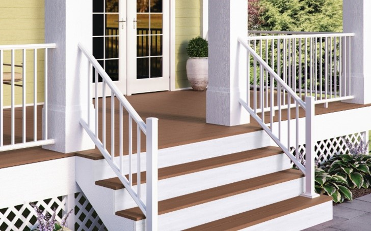 Add Beauty & Privacy To Your Deck With A Lattice Finish!