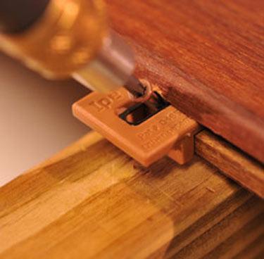 deck-fastener-clip-brown.jpg