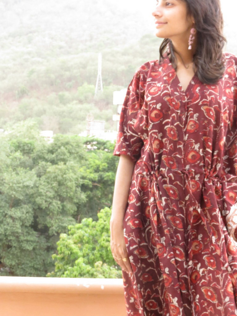"""Organic Au Naturelle"" Cinched Drawstring kaftan in Maroon Floral pattern"