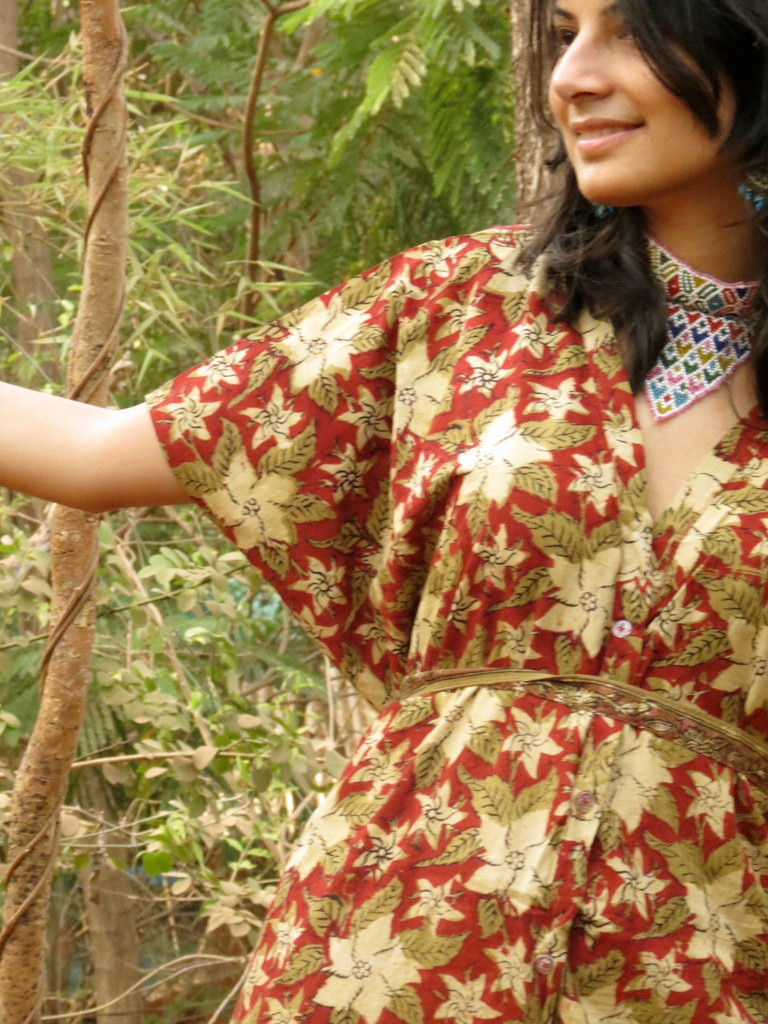 """""""Organic Au Naturelle"""" Button-Front kaftan in Red Green Floral pattern"""