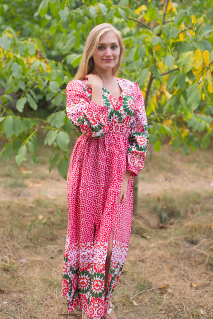 """""""Shape Me Pretty"""" kaftan in Round and Round pattern"""