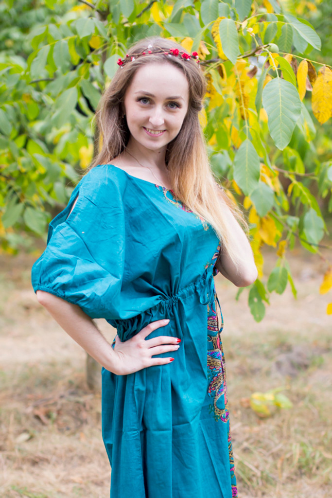 """Cut-out Cute"" kaftan in Cheerful Paisleys pattern"