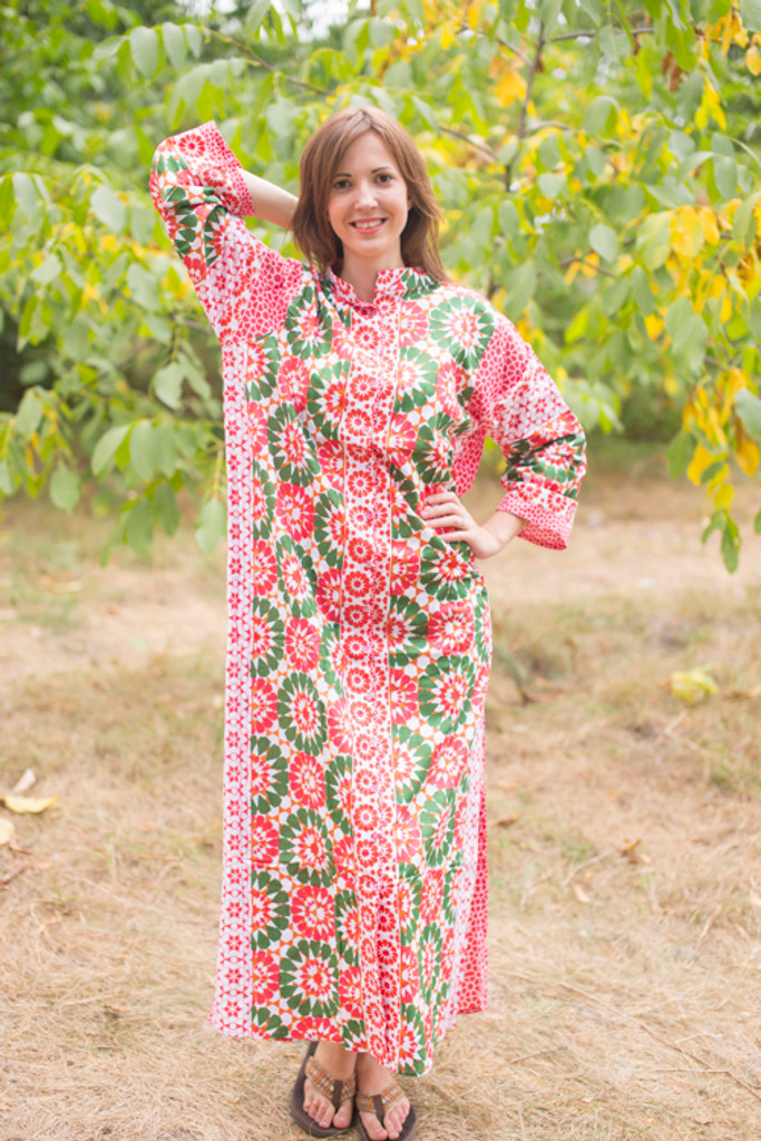 """Charming Collars"" kaftan in Round and Round pattern"