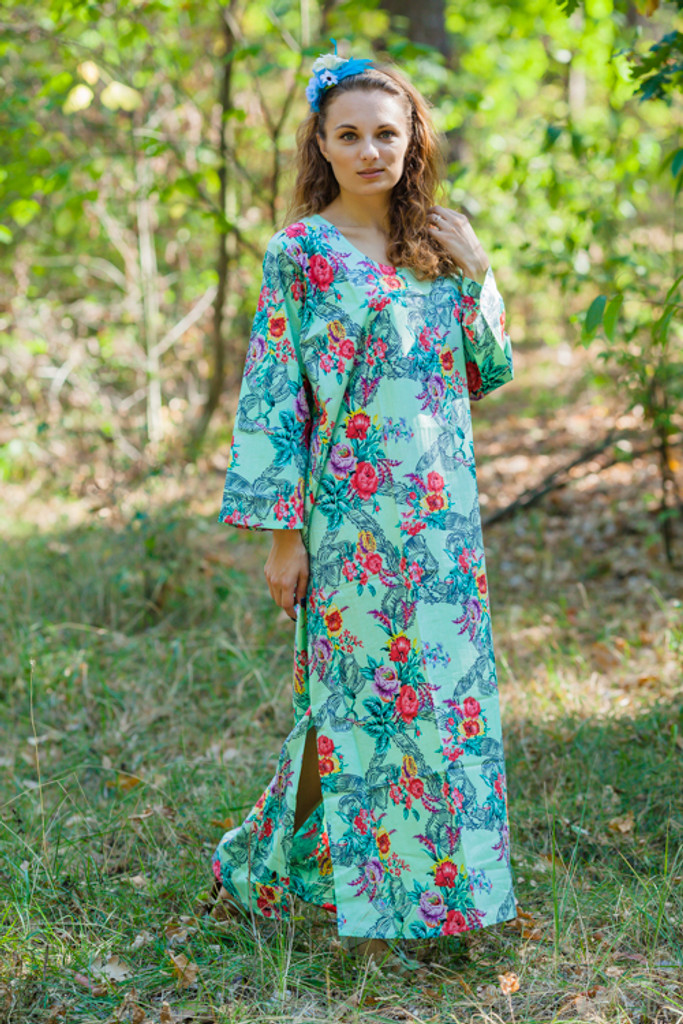 """The Unwind"" kaftan in Cute Bows pattern"