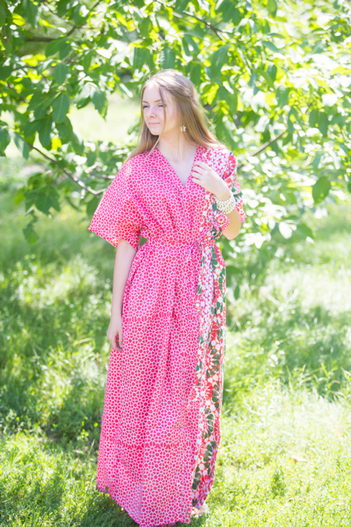 """""""Best of both the worlds"""" kaftan in Round and Round pattern"""