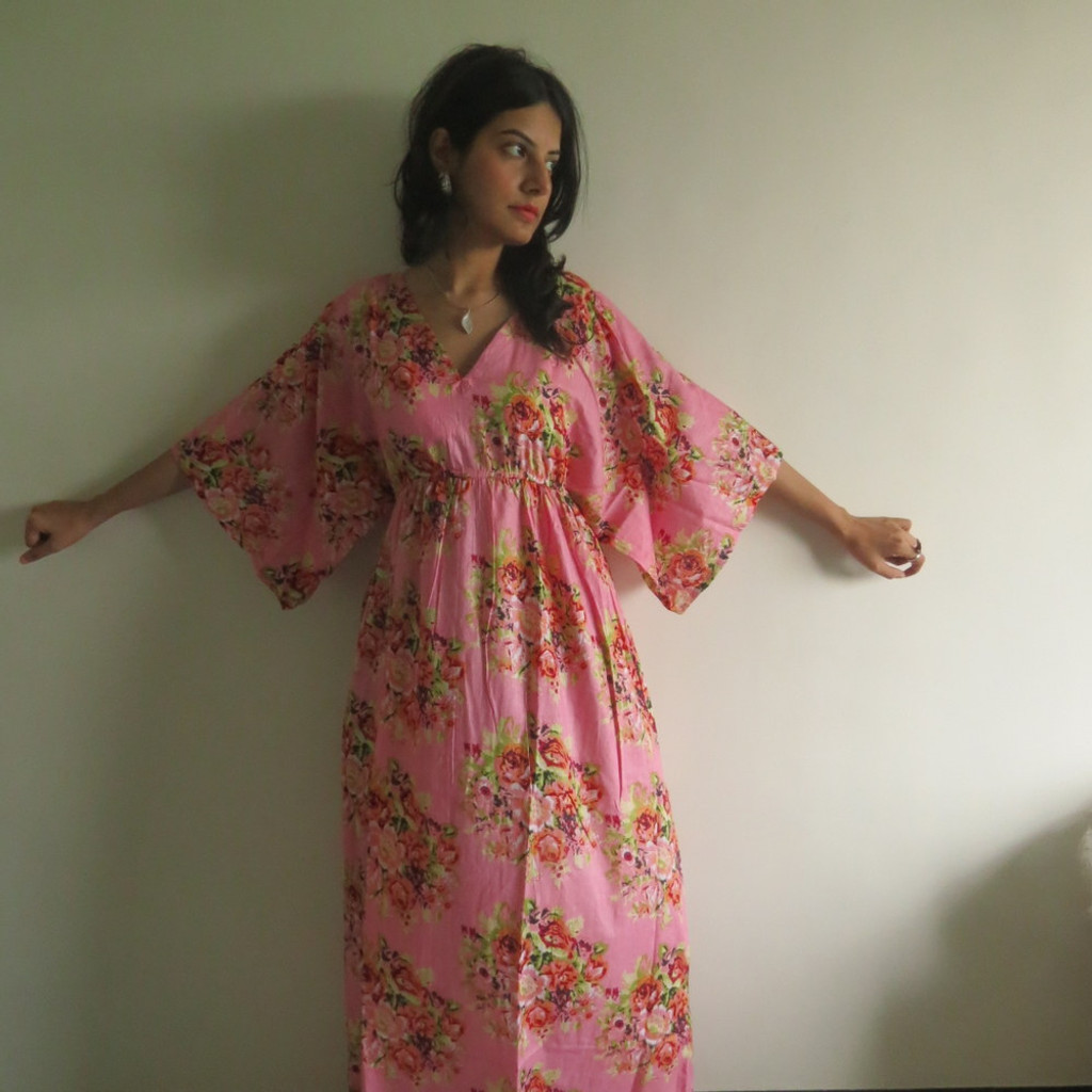 """I wanna Fly"" kaftan in Floral Posy pattern"