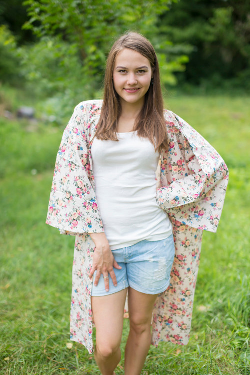 """Free Bird"" Kimono jacket in Vintage Chic Floral pattern"