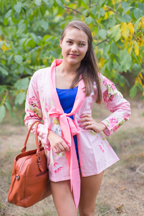 """Bow and Me"" Kimono jacket in Cabbage Roses pattern"