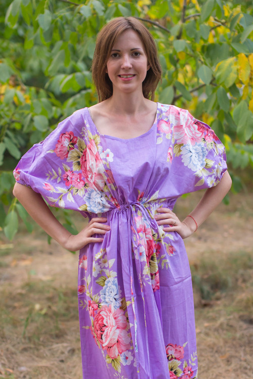 """""""Cut-out Cute"""" kaftan in Cabbage Roses pattern"""