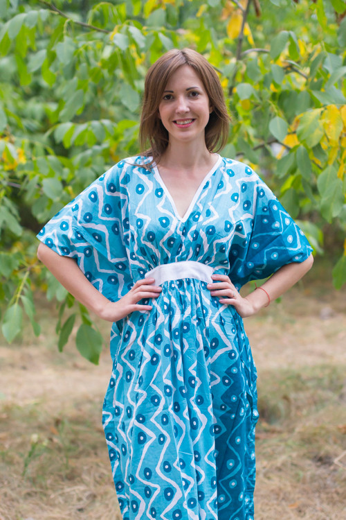 """Unfurl"" kaftan in Chevron Dots pattern"