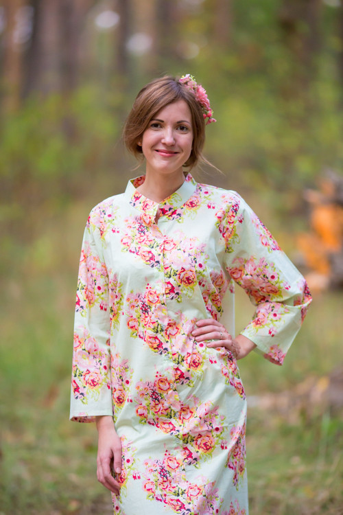 """Charming Collars"" kaftan in Floral Posy pattern"