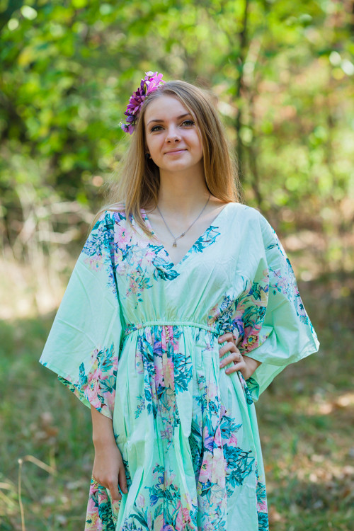 """High Low Wind Flow"" kaftan in Blooming Flowers pattern"