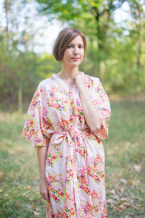 """Best of both the worlds"" kaftan in Floral Posy pattern"