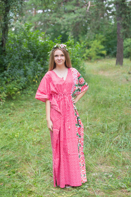 """""""Timeless"""" kaftan in Round and Round pattern"""
