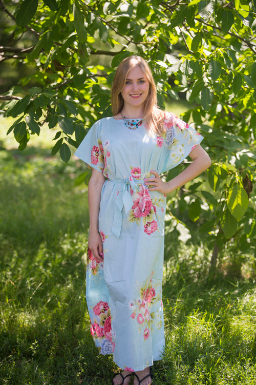 """""""Divinely Simple"""" kaftan in Cabbage Roses pattern"""