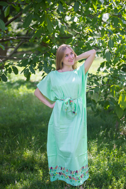 """Divinely Simple"" kaftan in Little Chirpies pattern"