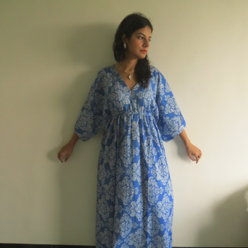 """I wanna Fly"" kaftan in Damask pattern"