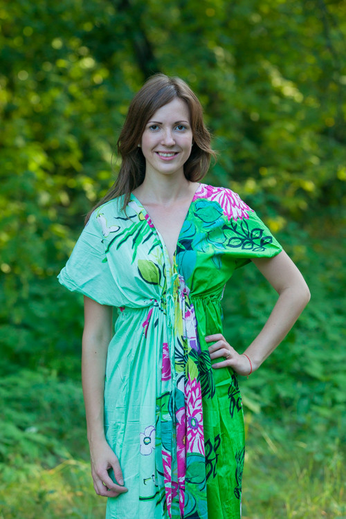 """Beach Days"" kaftan in Jungle of Flowers pattern"